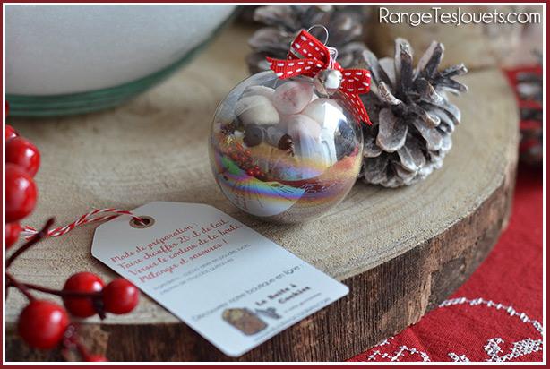 Merci maitresse boule de no l pour chocolat chaud gourmand diy range tes jouets - Boule de noel transparente a remplir ...